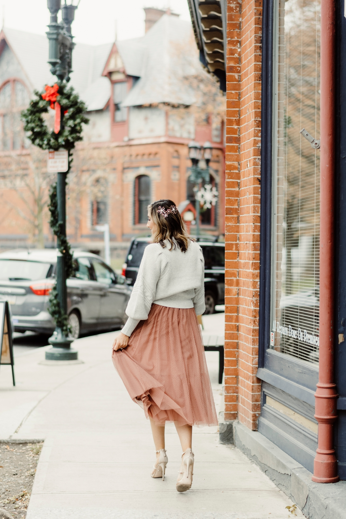 day-to-night-holiday-look-chunky-sweater-express-dress-shoes-heels-nordstrom-style-fashion-winter-casual-trend-stylish